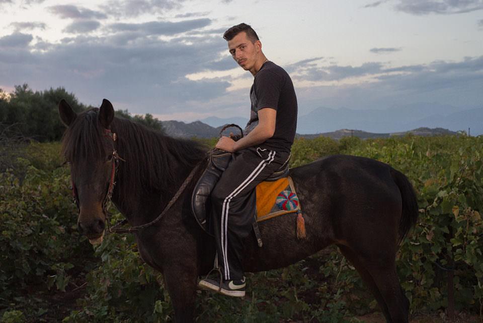 Ein Mann auf einem Pferd