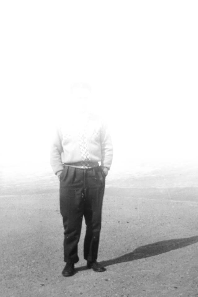 Ein Mann auf einem verblasstem Bild