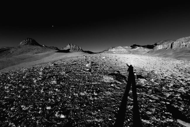 Nachtaufnahme mit Schatten