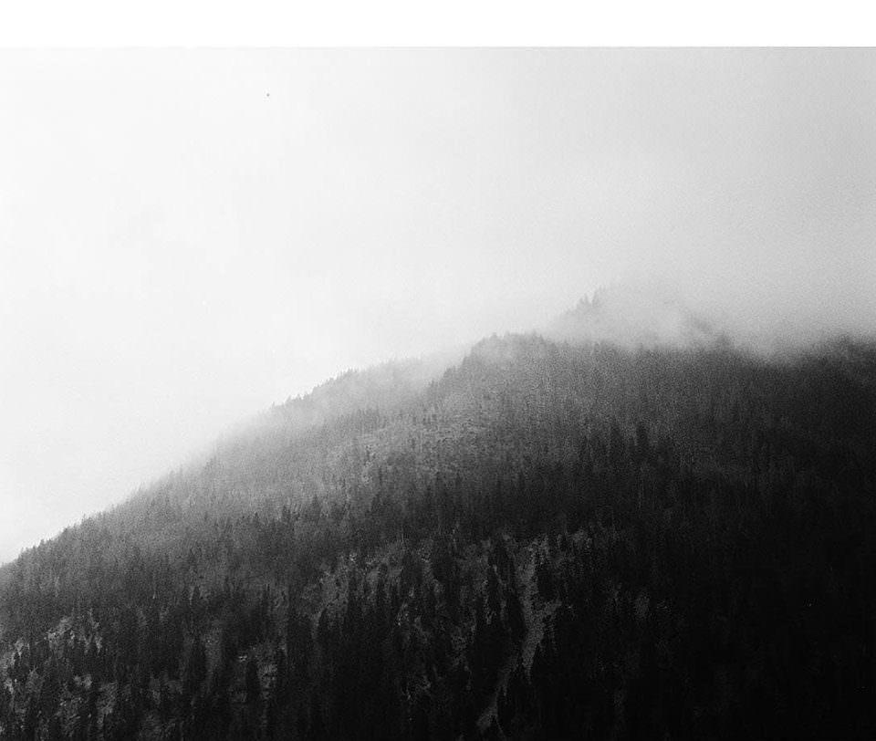 Nebel über den Bergen