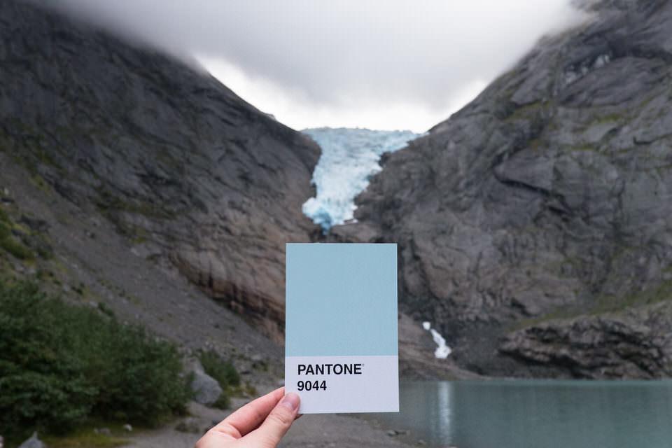 Gletscher mit Farbkarte