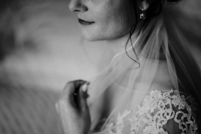 Detail des Schleiers einer Braut