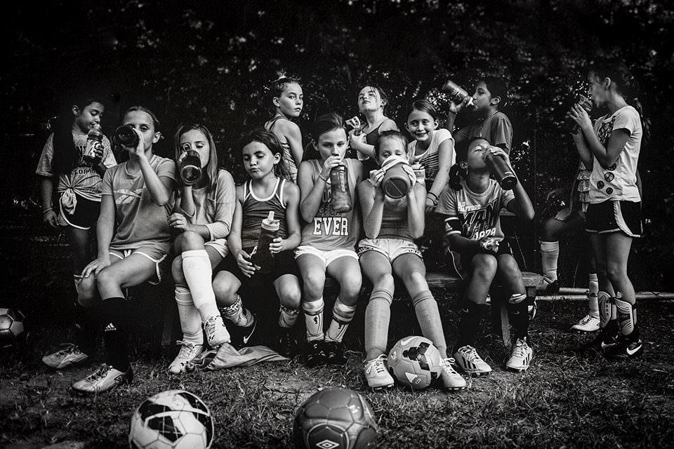 Eine Sportmannschaft in der Pause