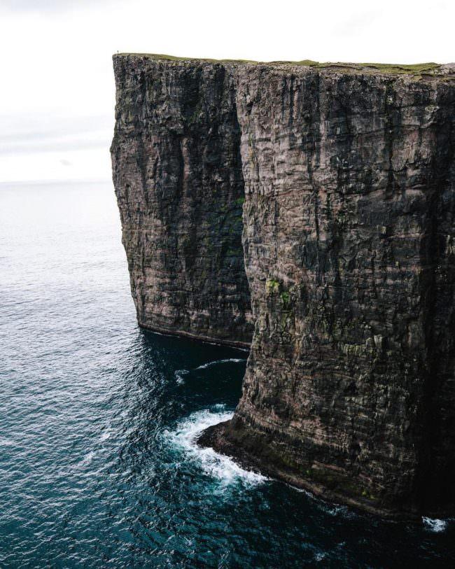 Klippen über dem Meer