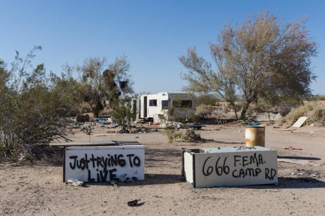 Camper mit Graffiti