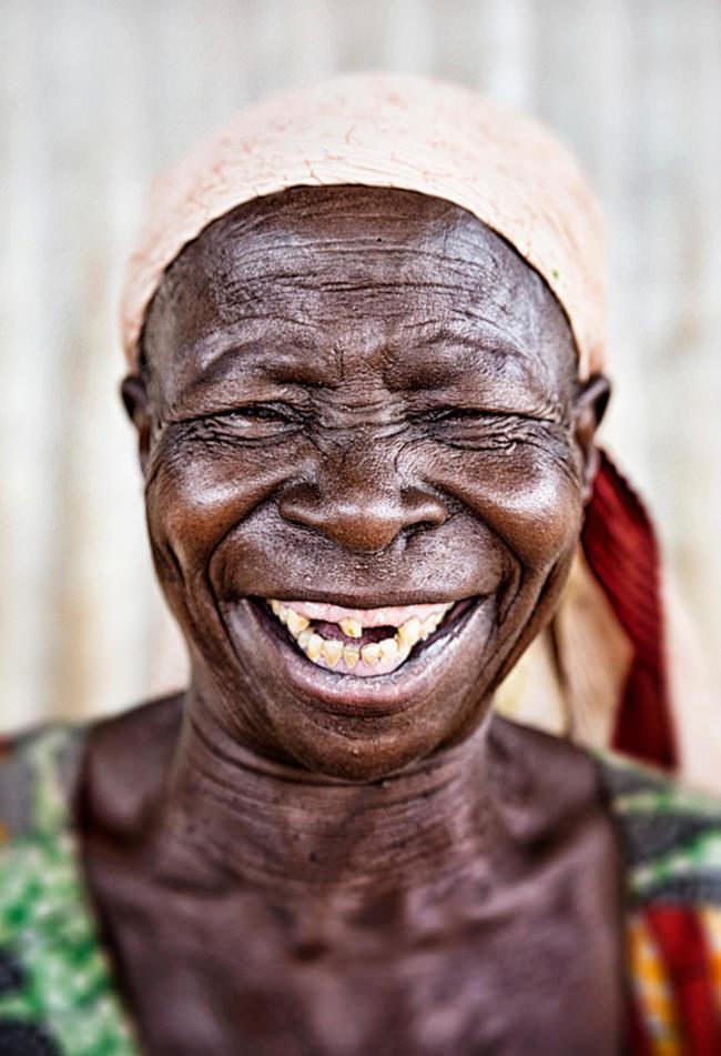 Lachender Mensch