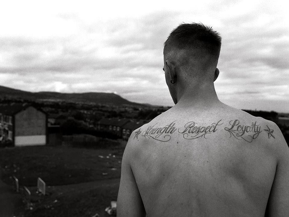 Rücken mit Tattoo