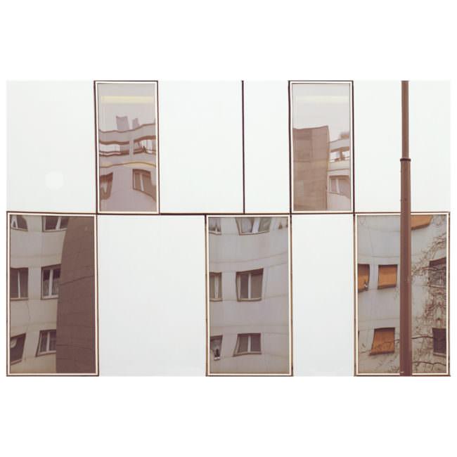 Spiegelung einer Hausfront