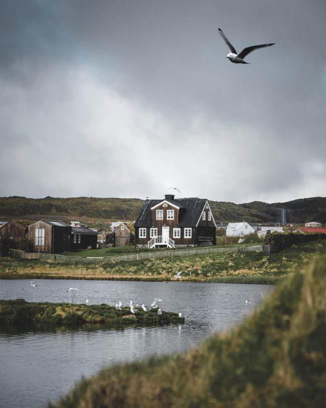 Dorf am Wasser