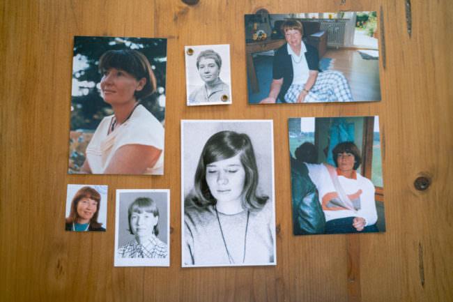 Fotos auf einem Tisch