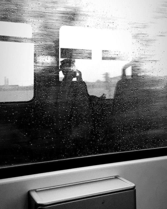 Spiegelung in einer Scheibe