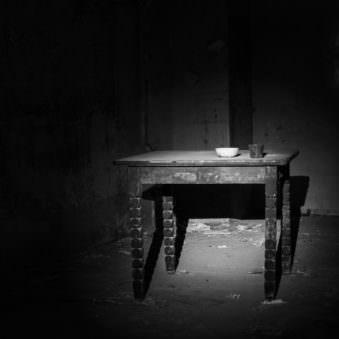 Alter Tisch
