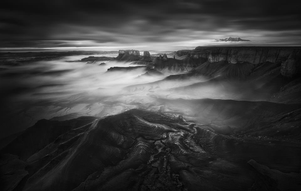 Nebel über einer Landschaft