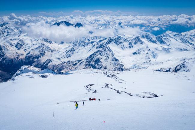 Gebirge im Schnee