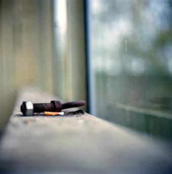 Schmutzige Fensterbank