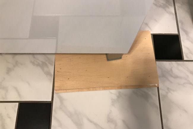 Küchenschrank als Presse