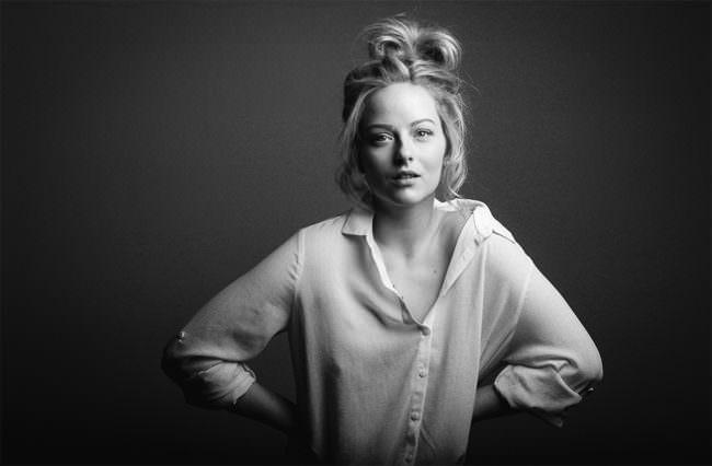 Frauenportrait in schwarzweiß