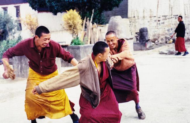 Mönche spielen