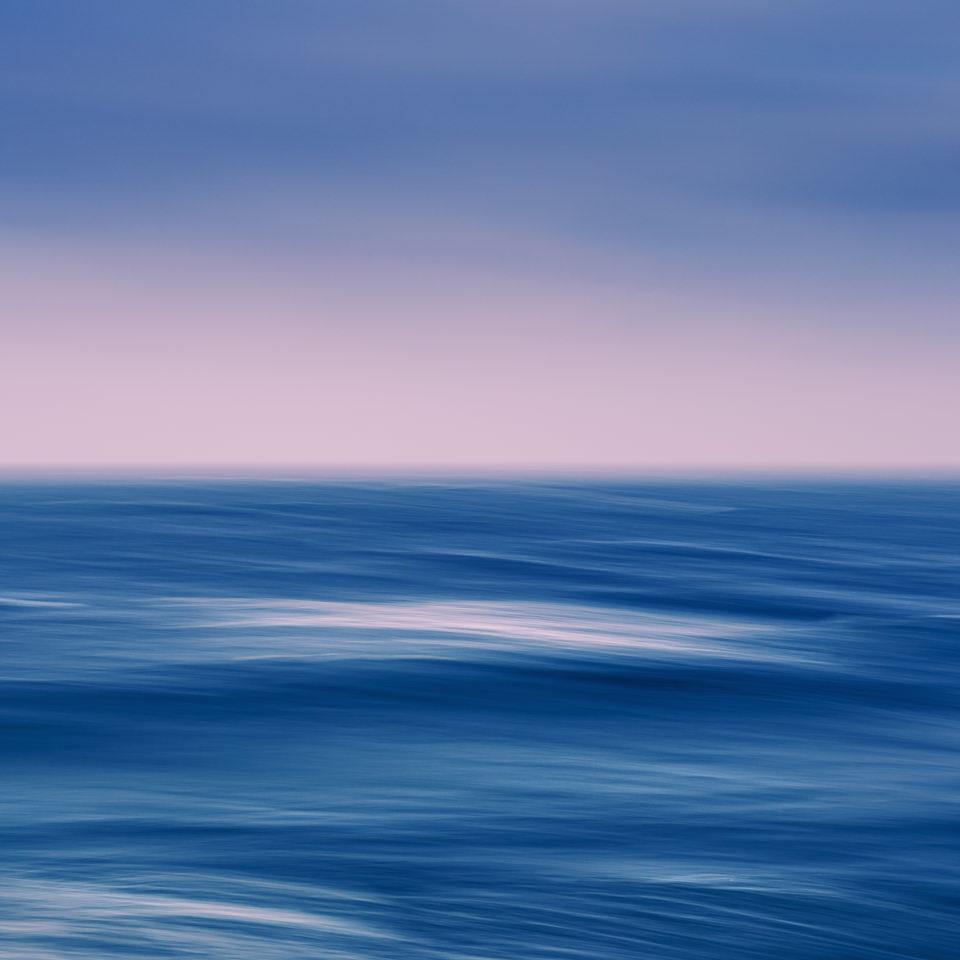 surreales Bild des Ozeans