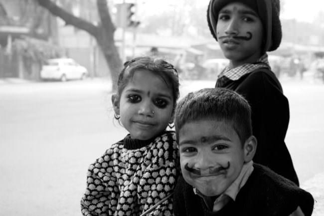 Drei geschminkte Kinder