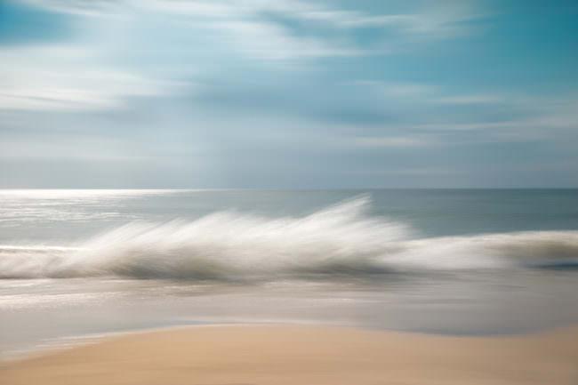verschwommenes Bild einer Welle