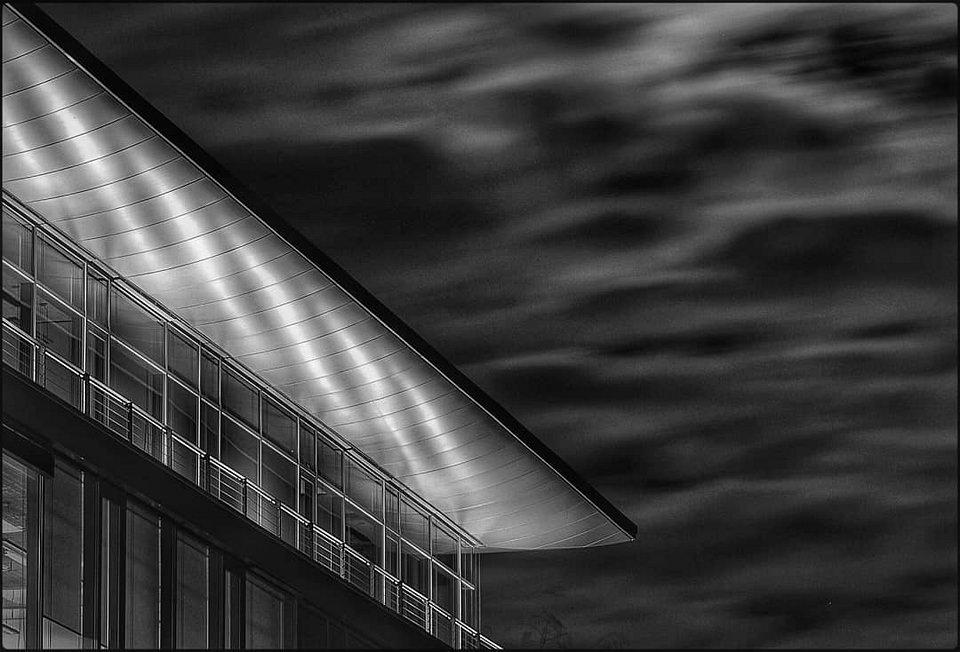 Architektur vor Himmel
