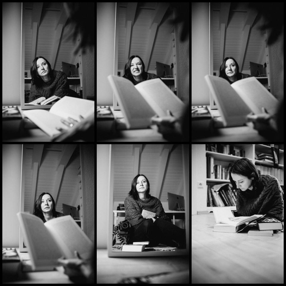 Collage aus Fotos einer Frau mit Büchern