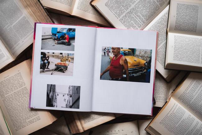 Buch auf Büchern