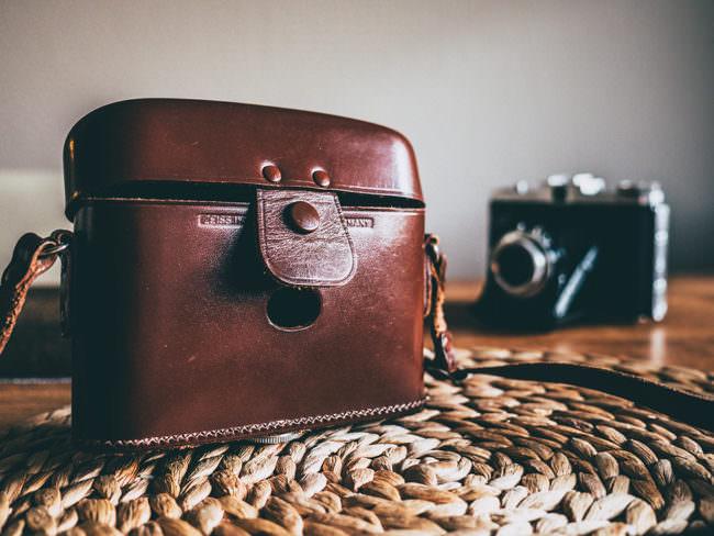 Kamera und Kameratasche