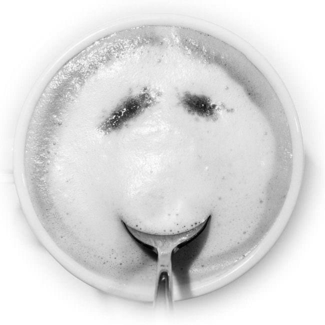 Cappuccinotasse mit Gesicht