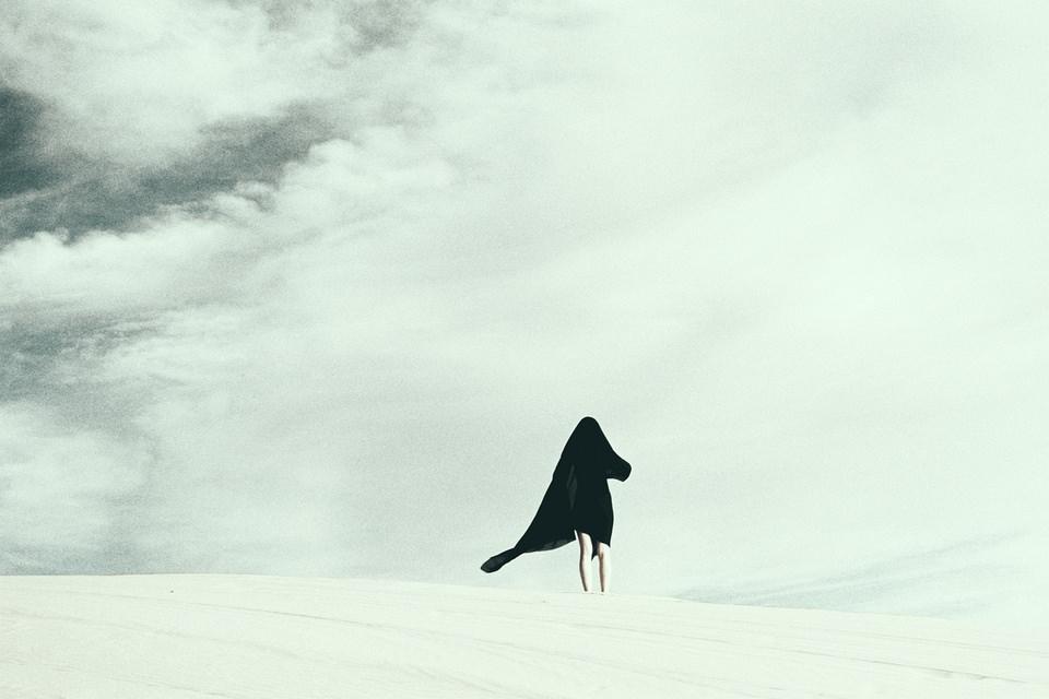 Person in der Wüste