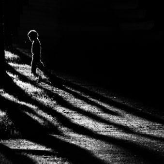 Kind als Schattenriss