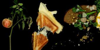 Tomate, Käsesandwich und Brot mit Gemüse