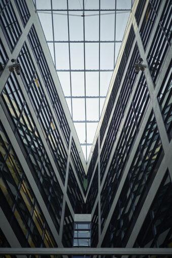 Große Halle mit Glasdach