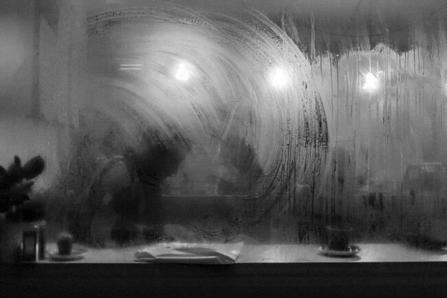 Beschlagenes Restaurantfenster