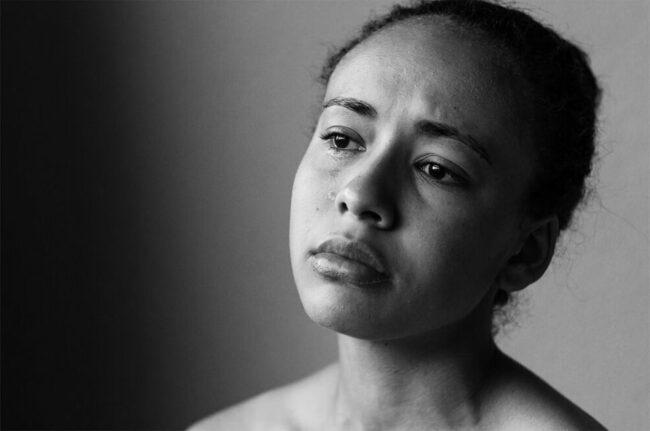 Portrait einer traurigen Person