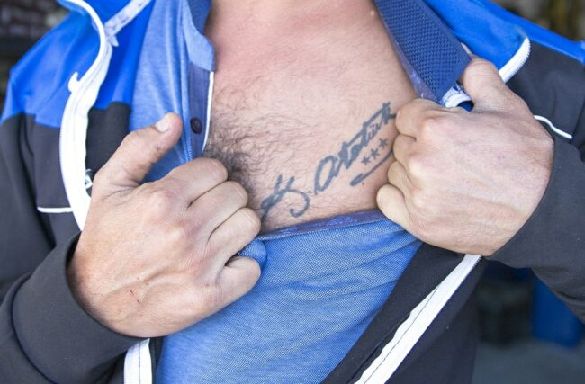 tätowierte Brust