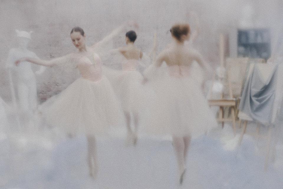 Tänzerinnen in verträumter Anmutung