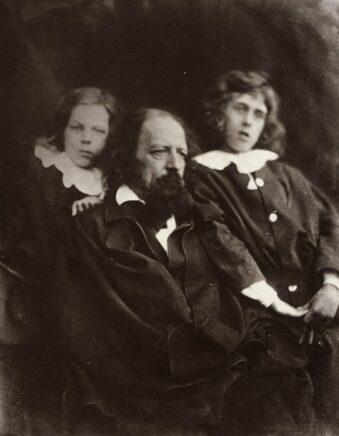 Portrait Mann mit zwei Jungen